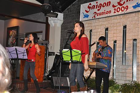 Band singing The Saigon Kids Anthem - March 11, 2009
