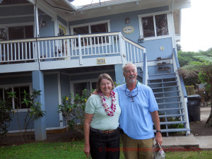 Bob and Lynn (McIntrye) Riley visiting Sarah (Bush) Rogers on Kauai. Circa May 2013. Sarah (Bush) Rogers Collection.