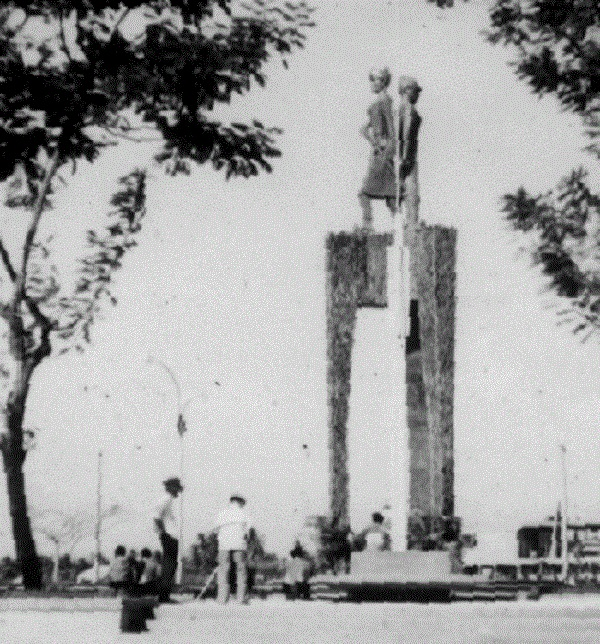 Trung Sisters monument before the November 1963 Coup.