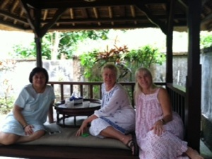 Bali Girls Veny Haznam, Susie Stann and Sarah Bush November 2014 in Bali.